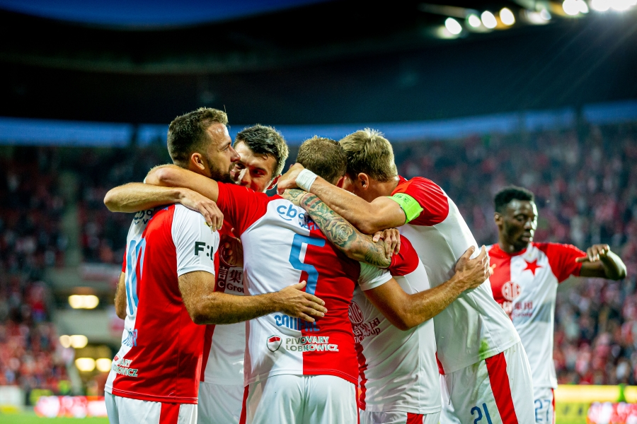 SK Slavia Praha in Petra Clinic